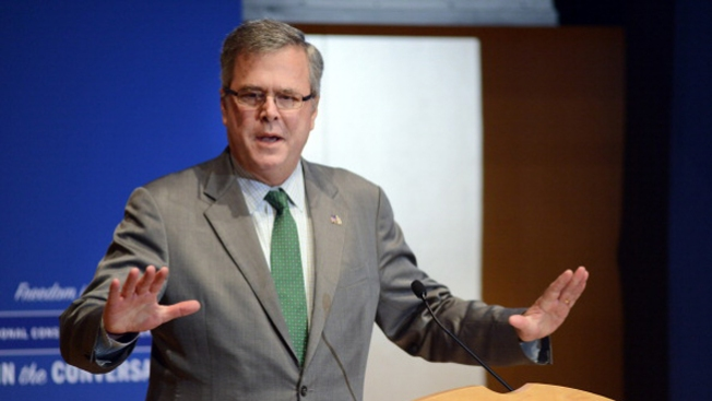 """It's a Shame"": Jeb Bush Condemns Obama Immigration Order"