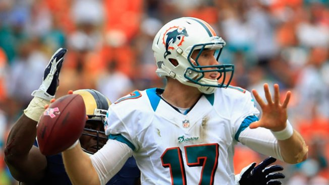 Tannehill Shines in Dolphins' Intrasquad Scrimmage