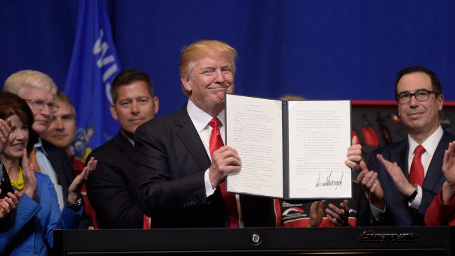 Worker Visas in Doubt as Trump Immigration Crackdown Widens
