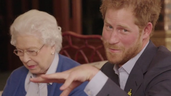 President Barack Obama and Michelle Obama Wage Friendly War Against Prince Harry and Queen Elizabeth II