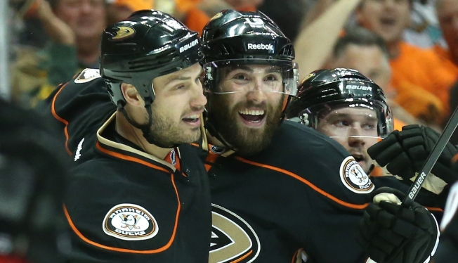 Ducks Roast Flames 6-1 in Game 1 of Second Round of Playoffs