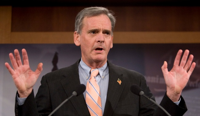 Judd Gregg Walked Thin Ethics Line: Report
