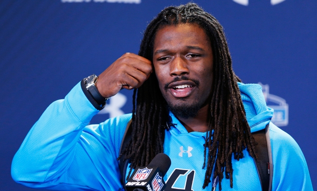 Jadeveon Clowney Wows at NFL Combine