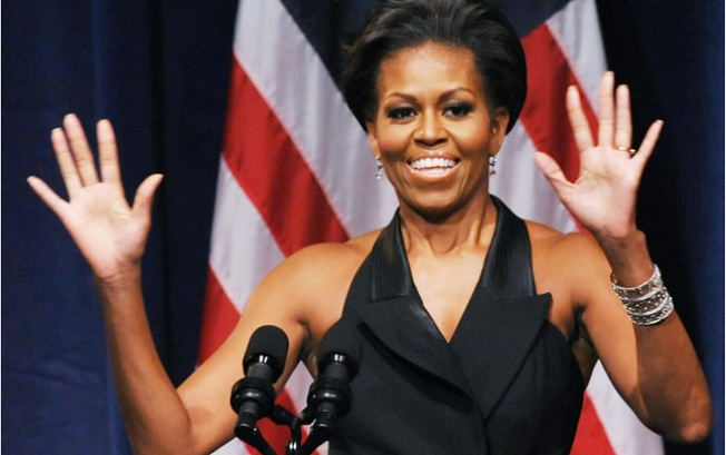 First Lady Michelle Obama Campaigns in Davie While Occupy, Tea Party Protest Outside