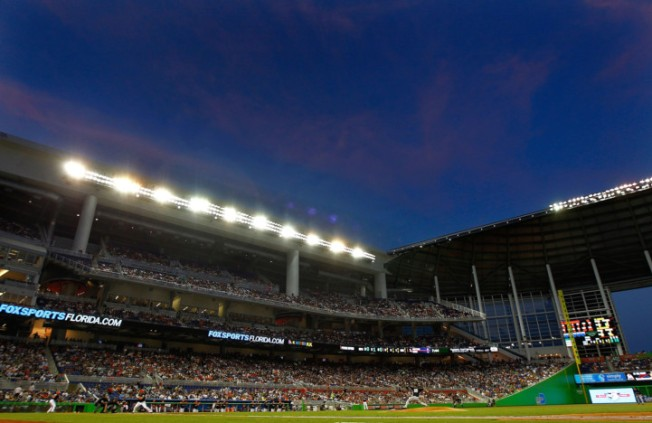 Marlins Think Open Roof Solves Losing Streak