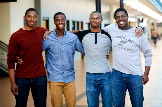 'Great Young Men': Quadruplets All Get in to Yale, Harvard