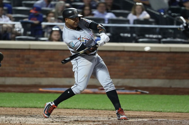Realmuto, Castro Rally Miami Marlins in 9th to Win Over New York Mets