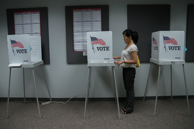 Russians Hacked 2 US Voter Databases: Officials