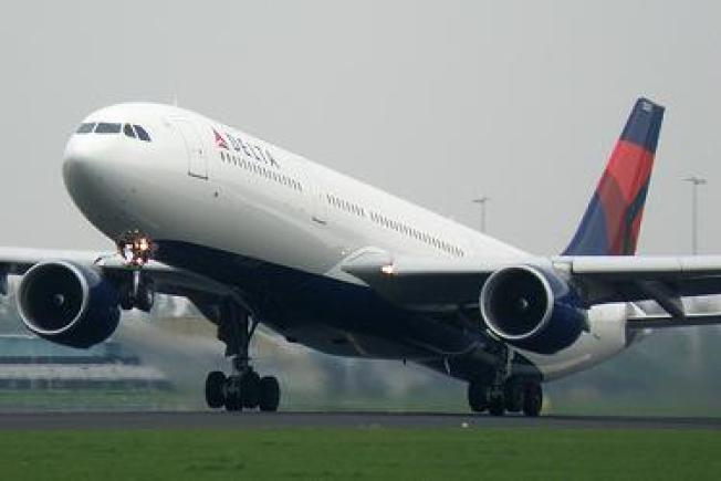 Plane's Engine Breaks Apart Over Port Everglades