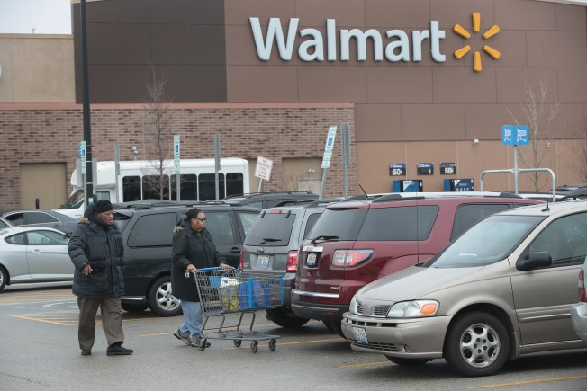Mom Charged After Boy's Teeth Pulled in Wal-Mart Restroom