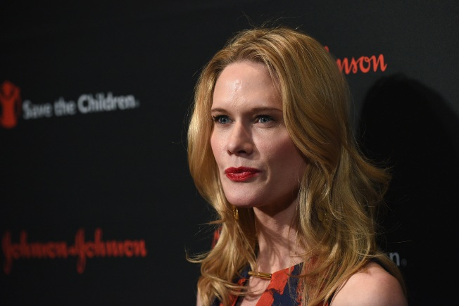 """Stephanie March's Plastic Surgery Nightmare Happened as Marriage to Bobby Flay Was """"Disintegrating"""""""
