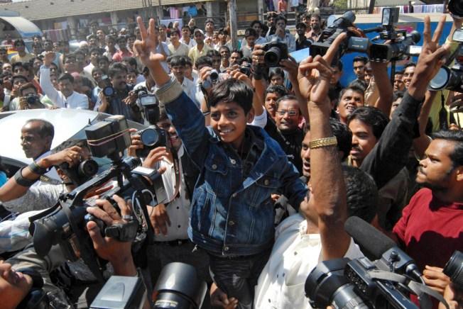 """Slumdog"" Kids Feted in Mumbai Ghetto"