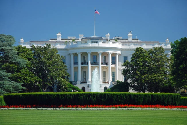 Security Scare At White House Temporarily Shuts Down Area