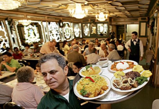 40 Years Of Versailles Miami S Landmark Restaurant