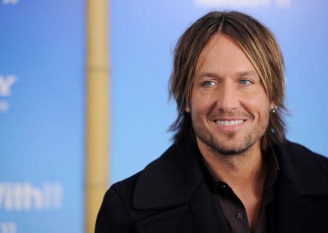 Keith Urban To Undergo Throat Surgery