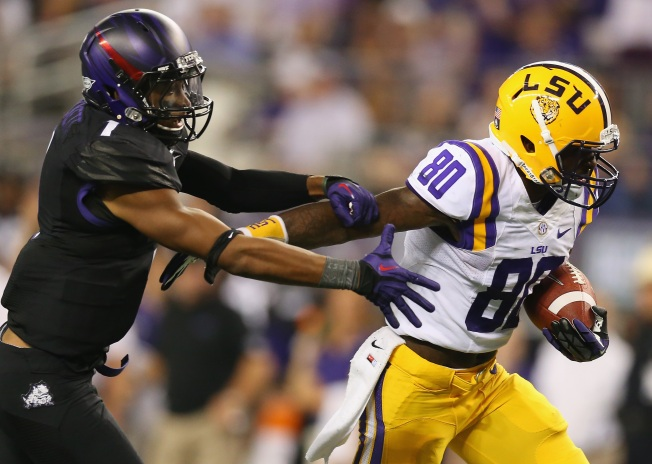 Fins Select LSU Wide Receiver Jarvis Landry in 2nd Round