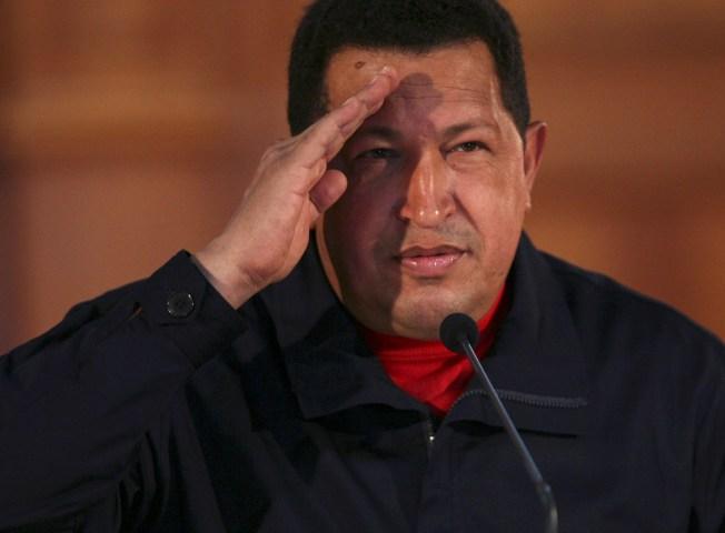 Chavez Wins Referendum to Scrap Term Limits: Official