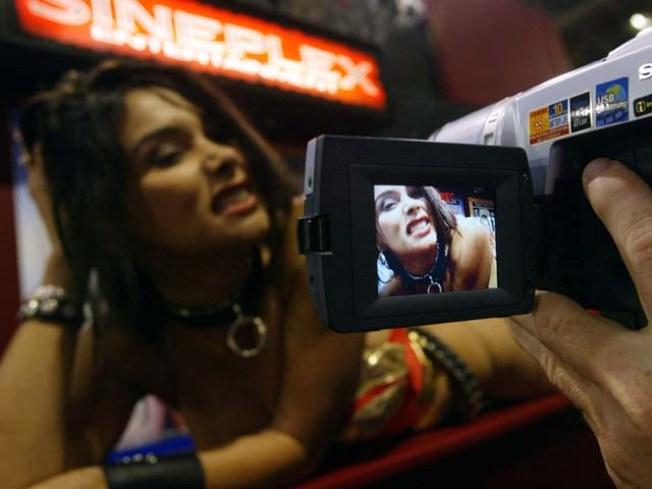 Public Porno Ruffles Miami Beach Officials' Feathers