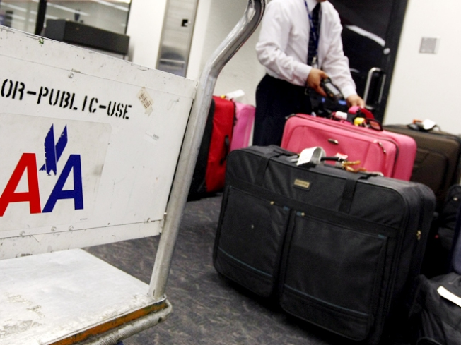 Cops Bag Skycaps at MIA Over Luggage Scam