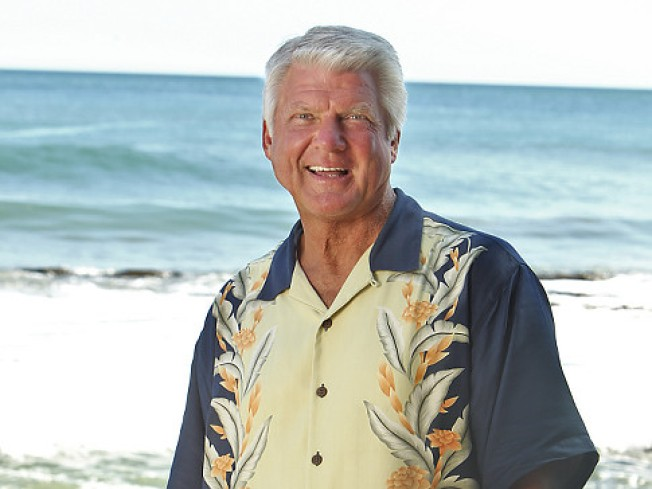 Jimmy Johnson Survivor Recap, Week 1: Survived