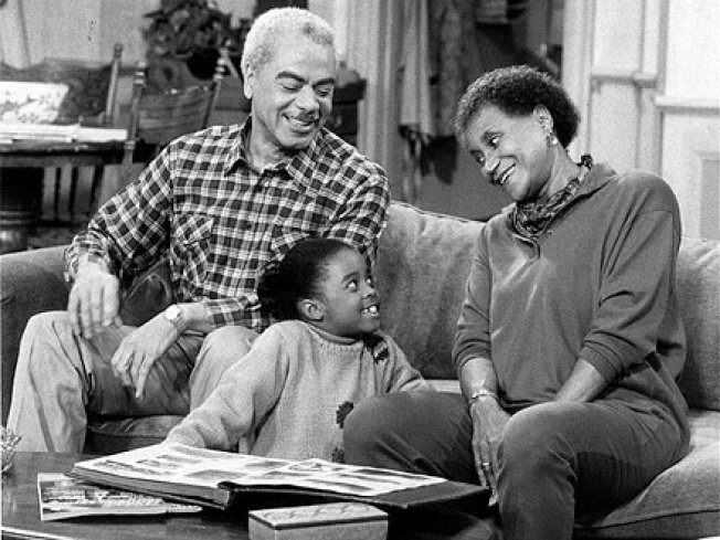 """""""Cosby Show"""" Actress Clarice Taylor Dies"""