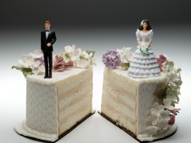 Ex-Marine Beats Wife During Divorce Hearing in Judge's Chambers