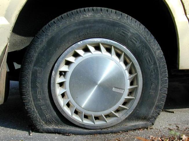 Flats 400 Tires Slashed In Massive Vandalism Caper Nbc 6 South