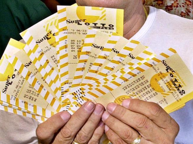 Man Mistakenly Tosses $1.25M Lottery Tickets