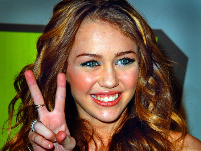 Miley Cyrus Not Engaged to Beau: Rep