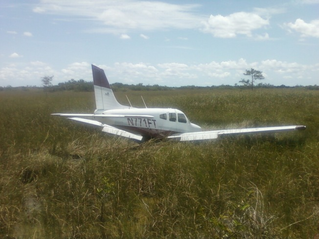 Plane Makes Emergency Landing in Everglades