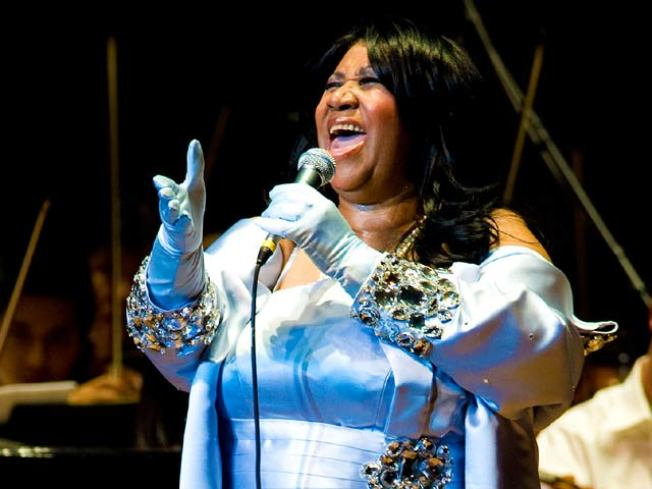 Aretha Franklin Back Home After Surgery