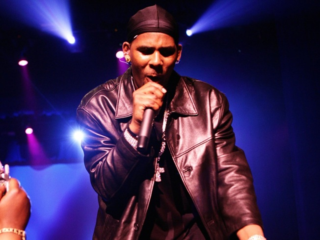 R. Kelly Working On Autobiography Due In 2011