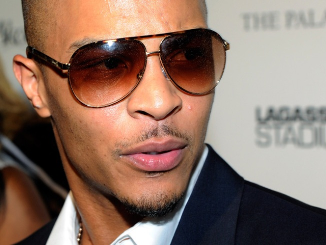 Rapper T.I. Talks Suicidal Man Off Ledge