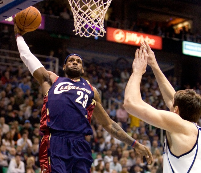 NBA Wrap: Cavs Win 3,  Pull Level with Lakers