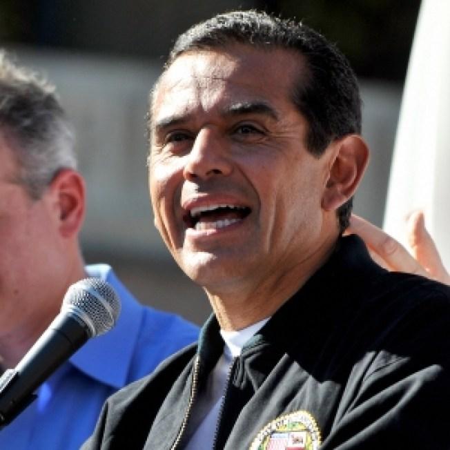 LA Mayor: City Should Cover Jackson Memorial Costs
