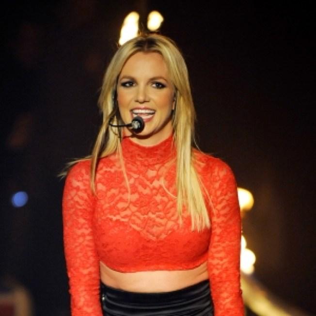 ROLL CALL:  Britney: 'If U Seek Amy' Video Is 'Super Sexy'