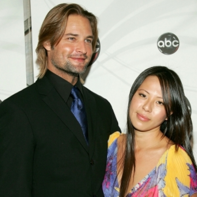 'Lost' Star Josh Holloway, Wife Welcome Baby Girl