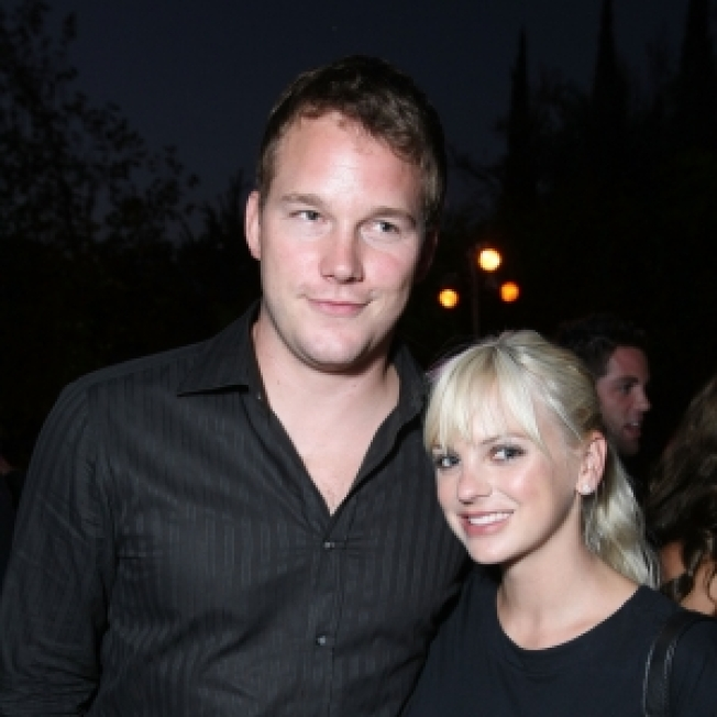 Anna Faris Engaged To 'Bride Wars' Star Chris Pratt