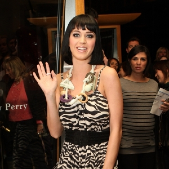 Katy Perry Denies Romance With Benji Madden