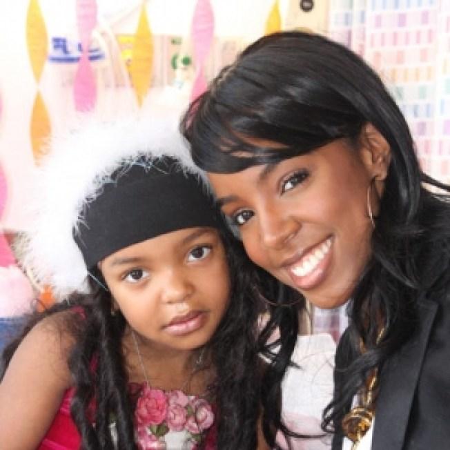 Rihanna & Kelly Rowland Help Leukemia Patient Find Possible Bone Marrow Donors