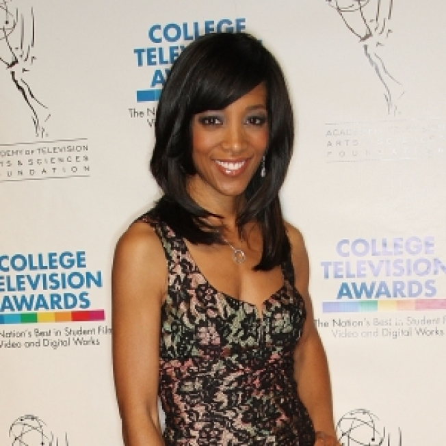 Shaun Robinson On Her New Book For Empowering Young Women