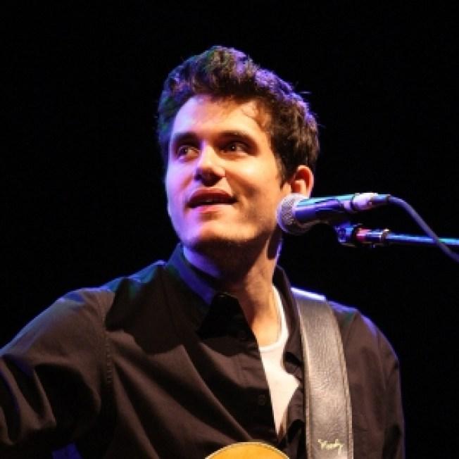 John Mayer: 'I Don't Have A Girlfriend'