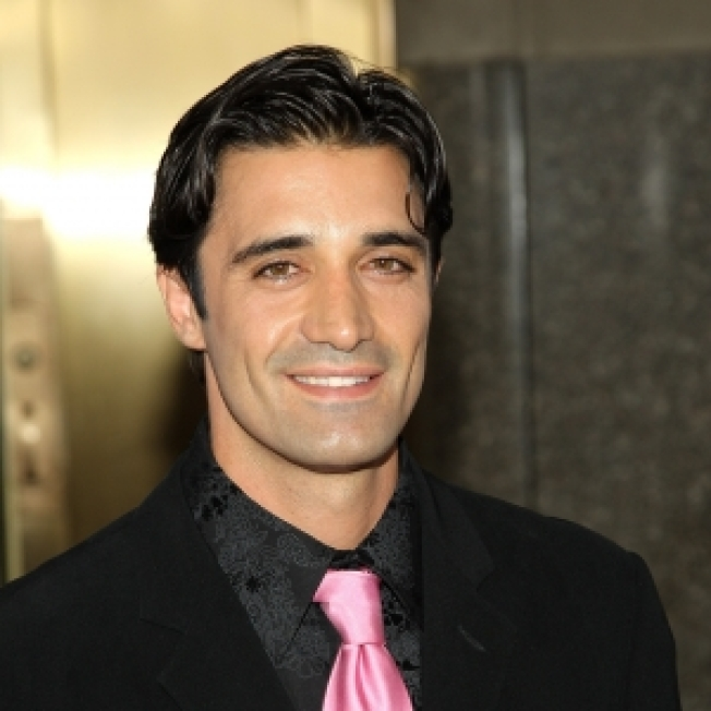 Gilles Marini Heats Up 'Dancing' Competition Without His Shirt