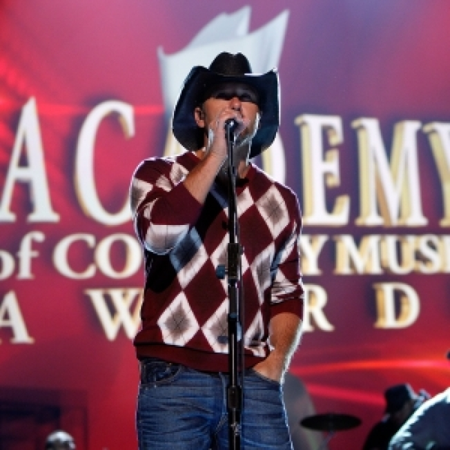 Tim McGraw Pulls Out Of ACM Awards After 'Major Disagreement'