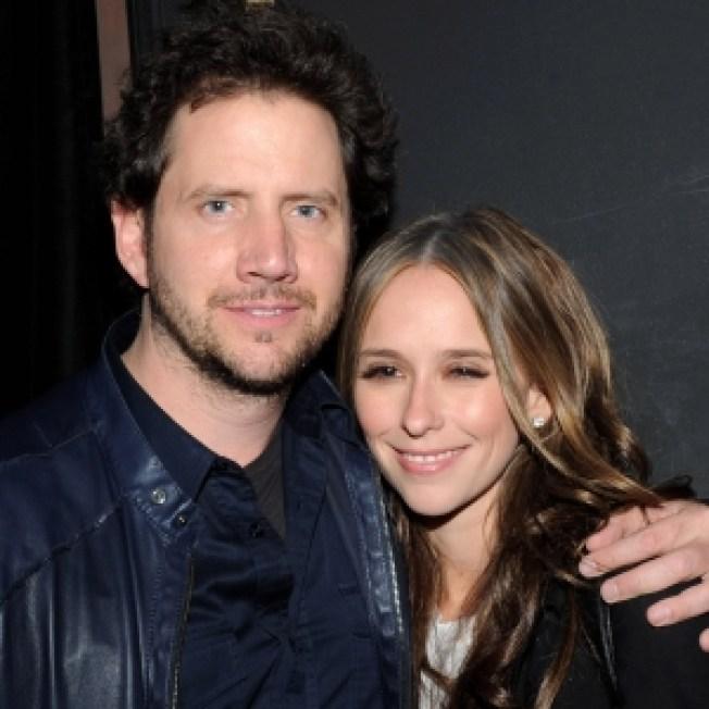 ROLL CALL:  Jennifer Love & Jamie Heat Up