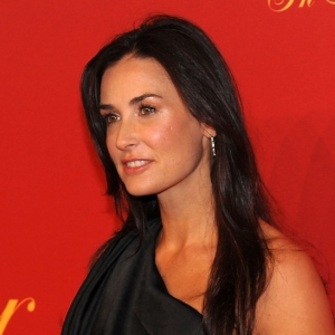 Demi Moore To Break Up With Twitter?