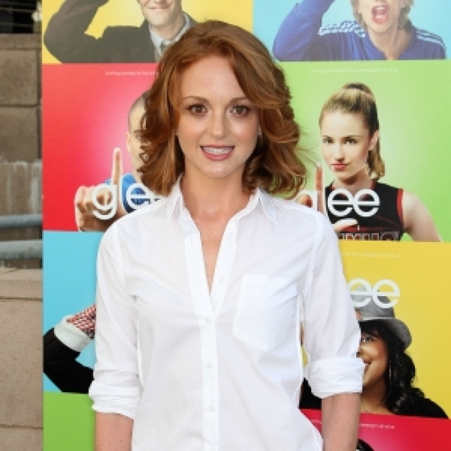 Cast Of 'Glee' Spill Secrets, Shows Second Episode