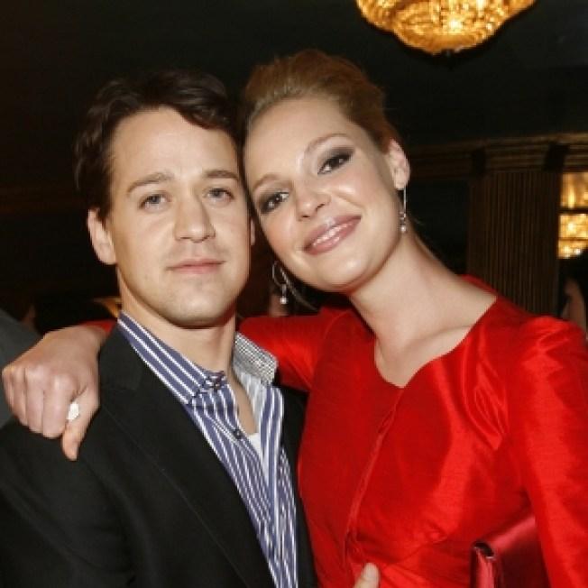 T.R. Knight Confirms 'Grey's Anatomy' Exit, Katherine Heigl Returning