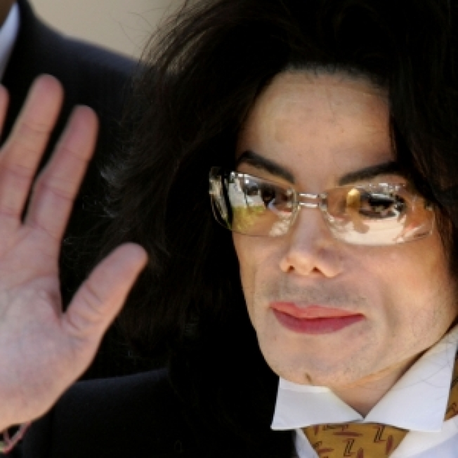 Report: Michael Jackson's 2002 Will Leaves Estate To Mother, Children & Charity