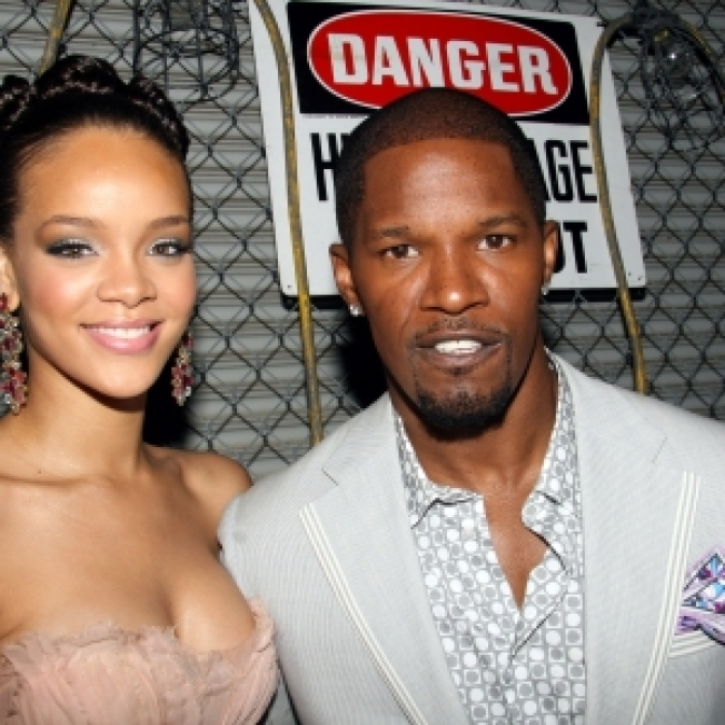 ROLL CALL: Rihanna Not Feeling Jamie Foxx's Act